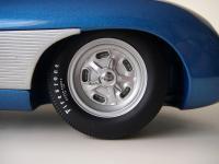 Прикрепленное изображение: Chevrolet_Corvette_SS_Concept_1957__AutoArt___9_.JPG