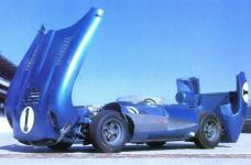 Прикрепленное изображение: Chevrolet_Corvette_SS_1957__2_.jpg