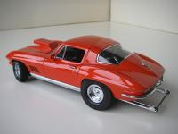Прикрепленное изображение: Chevrolet_Corvette_Sting_Ray_Coupe_Moroso_Drag_Car_1967__Exoto_Motorbox___8_.JPG