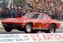 Прикрепленное изображение: Chevrolet_Corvette_Sting_Ray_Moroso_Drag_Car_1966.jpg