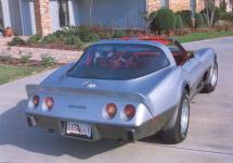 Прикрепленное изображение: Chevrolet_Corvette_Stingray_1978__2_.jpg