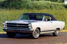 Прикрепленное изображение: Ford_Fairlane_500_GT_Convertible_1966.jpg