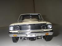 Прикрепленное изображение: Ford_Fairlane_Thunderbolt_1964__ERTL_Precision_100___10_.JPG