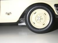 Прикрепленное изображение: Ford_Fairlane_Thunderbolt_1964__ERTL_Precision_100___12_.JPG