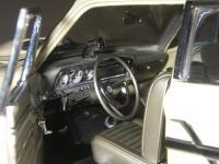 Прикрепленное изображение: Ford_Fairlane_Thunderbolt_1964__ERTL_Precision_100___17_.JPG