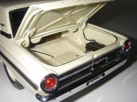 Прикрепленное изображение: Ford_Fairlane_Thunderbolt_1964__ERTL_Precision_100___21_.JPG