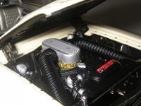 Прикрепленное изображение: Ford_Fairlane_Thunderbolt_1964__ERTL_Precision_100___24_.JPG