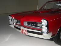 Прикрепленное изображение: Pontiac_GTO_Hardtop_Coupe_1966__19_.JPG