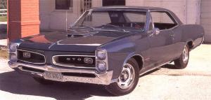 Прикрепленное изображение: Pontiac_GTO_Hardtop_Coupe_1966__6_.jpg