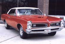 Прикрепленное изображение: Pontiac_GTO_Hardtop_Coupe_1966.jpg