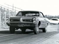 Прикрепленное изображение: Pontiac_GTO_Royal_Bobcat_1966.jpg