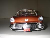 Прикрепленное изображение: Oldsmobile_Super_88_Holiday_Coupe_1957__Highway_61___14_.JPG