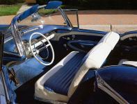 Прикрепленное изображение: Oldsmobile_Super_88_Convertible_1957________.jpg