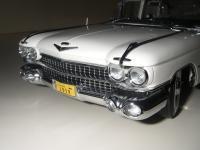 Прикрепленное изображение: Cadillac_Fleetwood_Seventy_Five_Limousine_1959__Precision_Miniatures___19_.JPG
