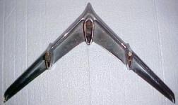 Прикрепленное изображение: 1955_Pontiac_hood_ornament.jpg
