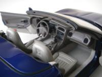 Прикрепленное изображение: Chevrolet_Corvette_C5_Convertible_2004__Autoart___16_.JPG