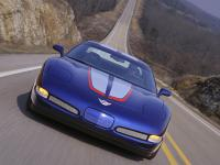 Прикрепленное изображение: Chevrolet_Corvette_Z06_Commemorative_Edition_2004__5_.jpg