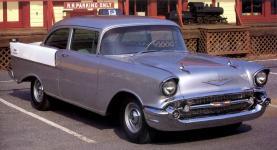 Прикрепленное изображение: Chevrolet_150_2_door_Sedan_1957__2_.jpg
