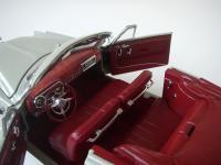 Прикрепленное изображение: Hudson_Hornet_Convertible_Brougham_1952__Highway_61___25_.JPG