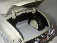 Прикрепленное изображение: Hudson_Hornet_Convertible_Brougham_1952__Highway_61___26_.JPG