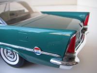 Прикрепленное изображение: Chrysler_300C_2_door_Hardtop_1957__ERTL_Precision_100___21_.JPG