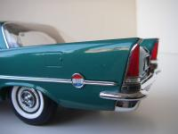 Прикрепленное изображение: Chrysler_300C_2_door_Hardtop_1957__ERTL_Precision_100___22_.JPG