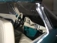 Прикрепленное изображение: Chrysler_300C_2_door_Hardtop_1957__ERTL_Precision_100___29_.JPG