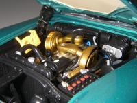 Прикрепленное изображение: Chrysler_300C_2_door_Hardtop_1957__ERTL_Precision_100___34_.JPG