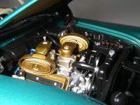Прикрепленное изображение: Chrysler_300C_2_door_Hardtop_1957__ERTL_Precision_100___35_.JPG