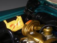 Прикрепленное изображение: Chrysler_300C_2_door_Hardtop_1957__ERTL_Precision_100___38_.JPG