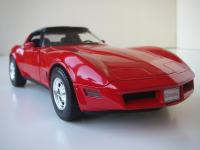Прикрепленное изображение: Chevrolet_Corvette_1982__Welly___14_.JPG