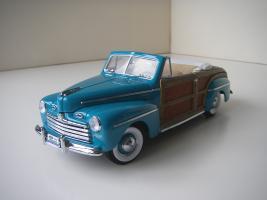 Прикрепленное изображение: Ford_Super_Deluxe_Sportsman_Convertible_1946__Yat_Ming_Signature_Series___4_.JPG
