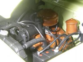 Прикрепленное изображение: Ford_Crestliner_2_door_Sedan_1950__Precision_Miniatures___26_.JPG