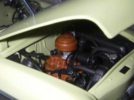 Прикрепленное изображение: Ford_Crestliner_2_door_Sedan_1950__Precision_Miniatures___27_.JPG