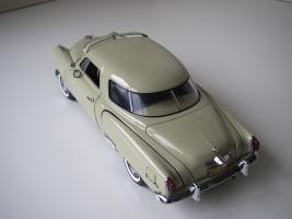 Прикрепленное изображение: Studebaker_Commander_Starlight_Coupe_1951__Highway_61___9_.JPG