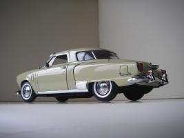 Прикрепленное изображение: Studebaker_Commander_Starlight_Coupe_1951__Highway_61___12_.JPG