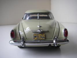 Прикрепленное изображение: Studebaker_Commander_Starlight_Coupe_1951__Highway_61___16_.JPG