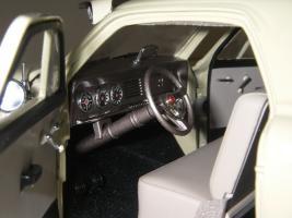 Прикрепленное изображение: Studebaker_Commander_Starlight_Coupe_1951__Highway_61___23_.JPG