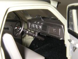 Прикрепленное изображение: Studebaker_Commander_Starlight_Coupe_1951__Highway_61___24_.JPG
