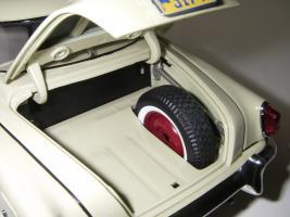 Прикрепленное изображение: Studebaker_Commander_Starlight_Coupe_1951__Highway_61___27_.JPG