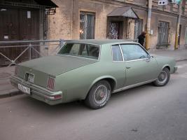 Прикрепленное изображение: Pontiac_Grand_Prix_SJ_1979__4_.JPG