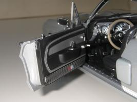 Прикрепленное изображение: Shelby_Mustang_GT350_1967__Exact_Detail_Replicas___24_.JPG