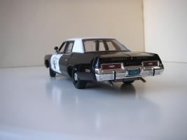 Прикрепленное изображение: Dodge_Monaco_4_door_Sedan_California_Highway_Patrol_1974__ERTL___Autoworld___5_.JPG
