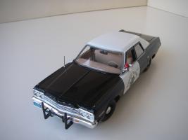 Прикрепленное изображение: Dodge_Monaco_4_door_Sedan_California_Highway_Patrol_1974__ERTL___Autoworld___9_.JPG
