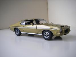 Прикрепленное изображение: Pontiac_LeMans_GTO_Hardtop_Coupe_1972__GMP_.JPG