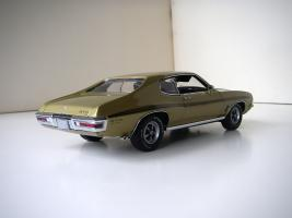 Прикрепленное изображение: Pontiac_LeMans_GTO_Hardtop_Coupe_1972__GMP___2_.JPG