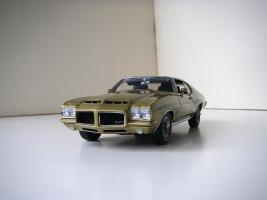 Прикрепленное изображение: Pontiac_LeMans_GTO_Hardtop_Coupe_1972__GMP___4_.JPG