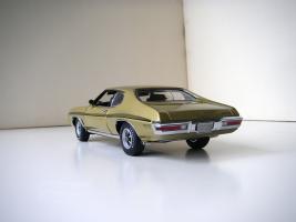 Прикрепленное изображение: Pontiac_LeMans_GTO_Hardtop_Coupe_1972__GMP___5_.JPG