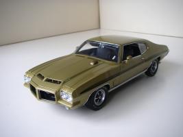 Прикрепленное изображение: Pontiac_LeMans_GTO_Hardtop_Coupe_1972__GMP___7_.JPG