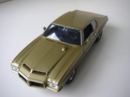 Прикрепленное изображение: Pontiac_LeMans_GTO_Hardtop_Coupe_1972__GMP___9_.JPG